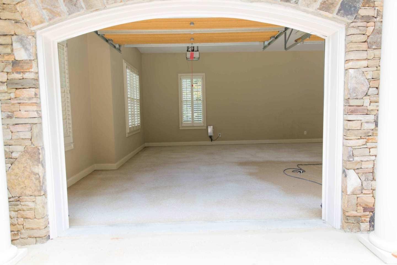 Garage flooring. Custom flooring in Atlanta.