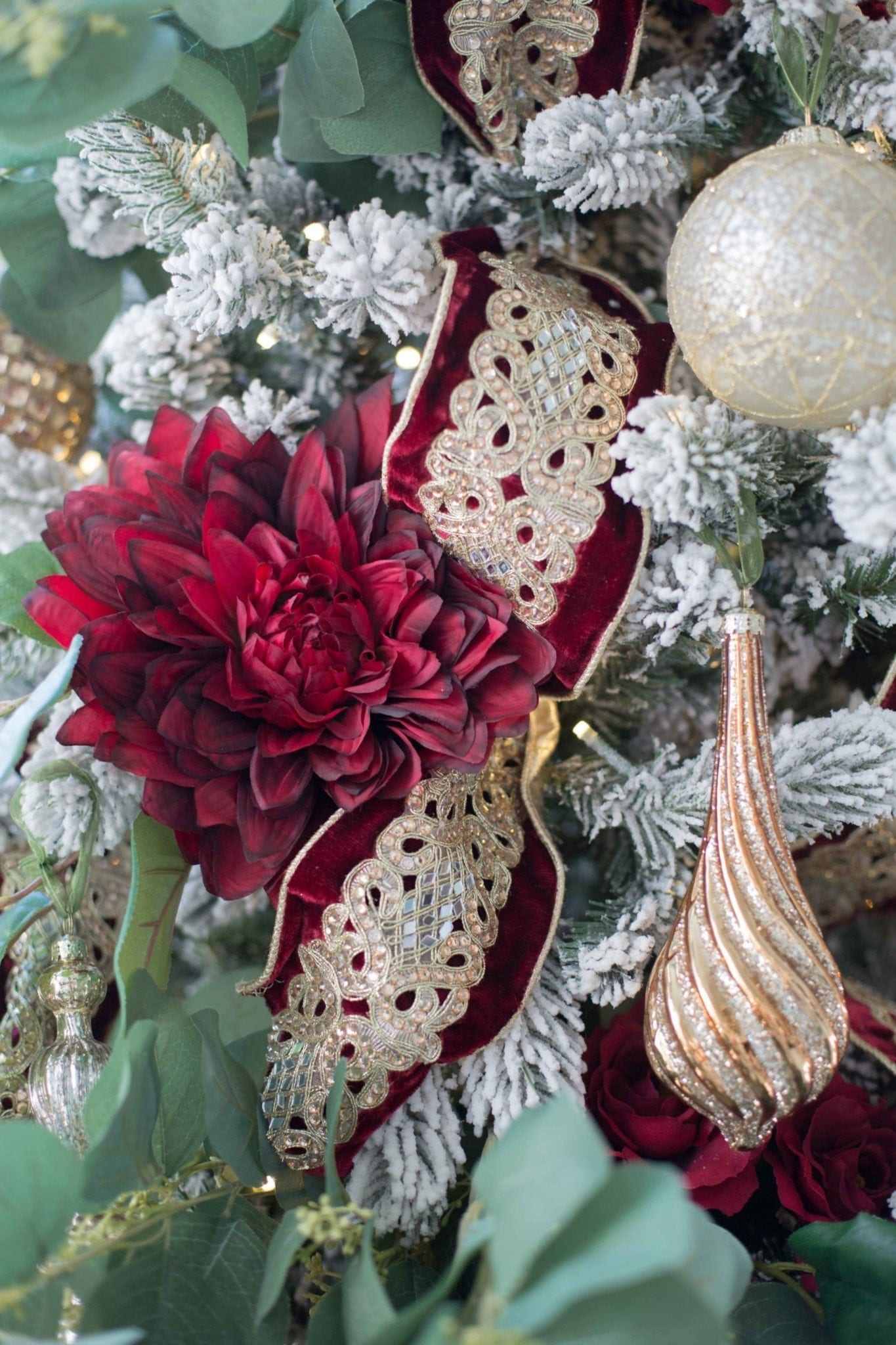 Frontgate Ornaments 2018. Gold and gray ornament sets for Christmas tree decorated in red and gold.