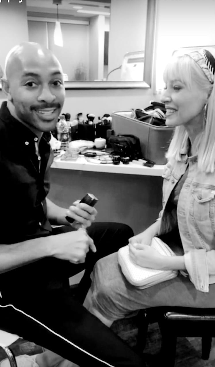 Video tutorial from top makeup artist, Sir John. He shows me how to apply everyday makeup - mastering under eye concealer application, what not to do and easy tips to make your makeup look better. Top tips from Beyonce's makeup artist, Sir John.