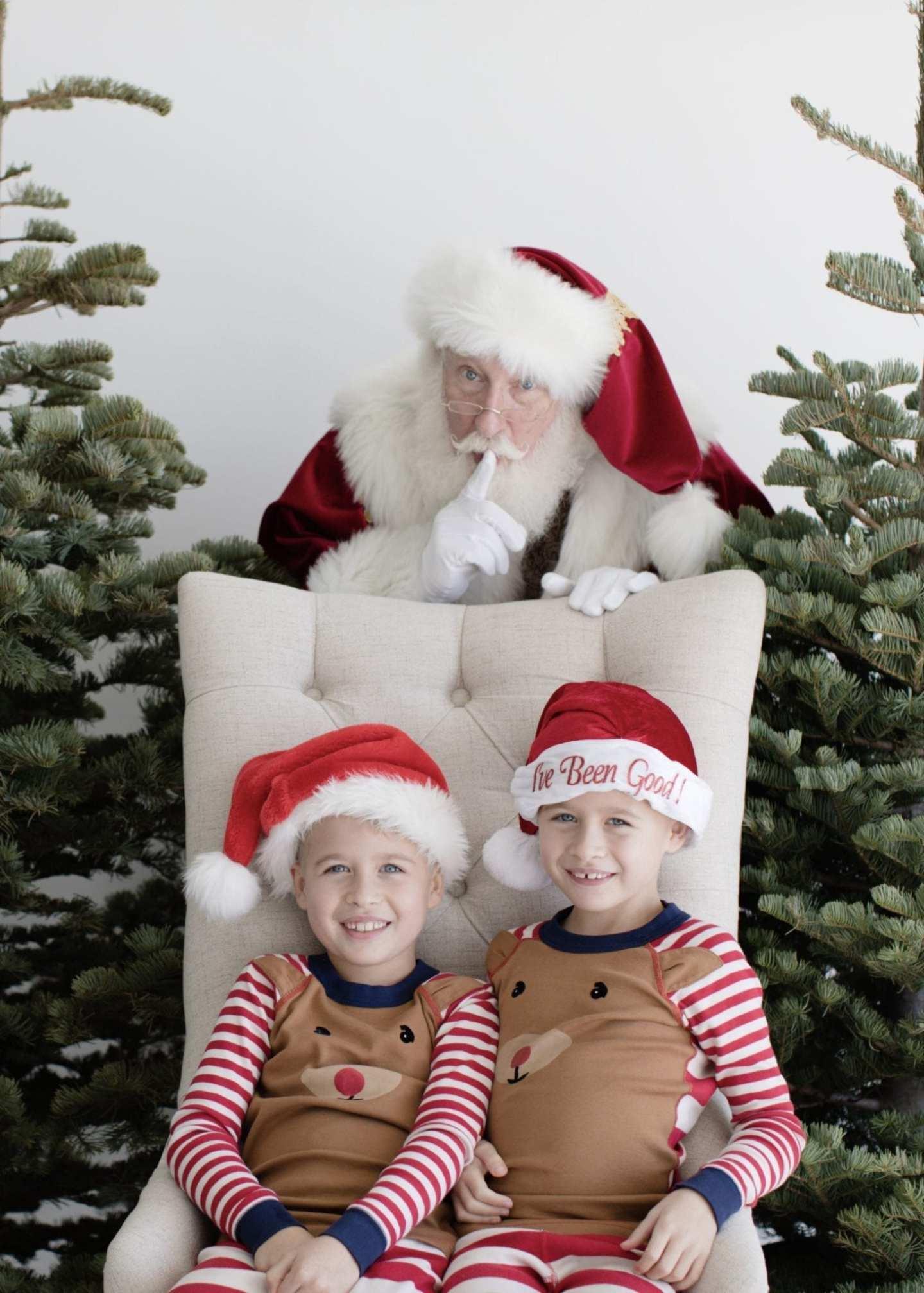 Kids Santa hats and Santa pictures in Atlanta, Georgia.