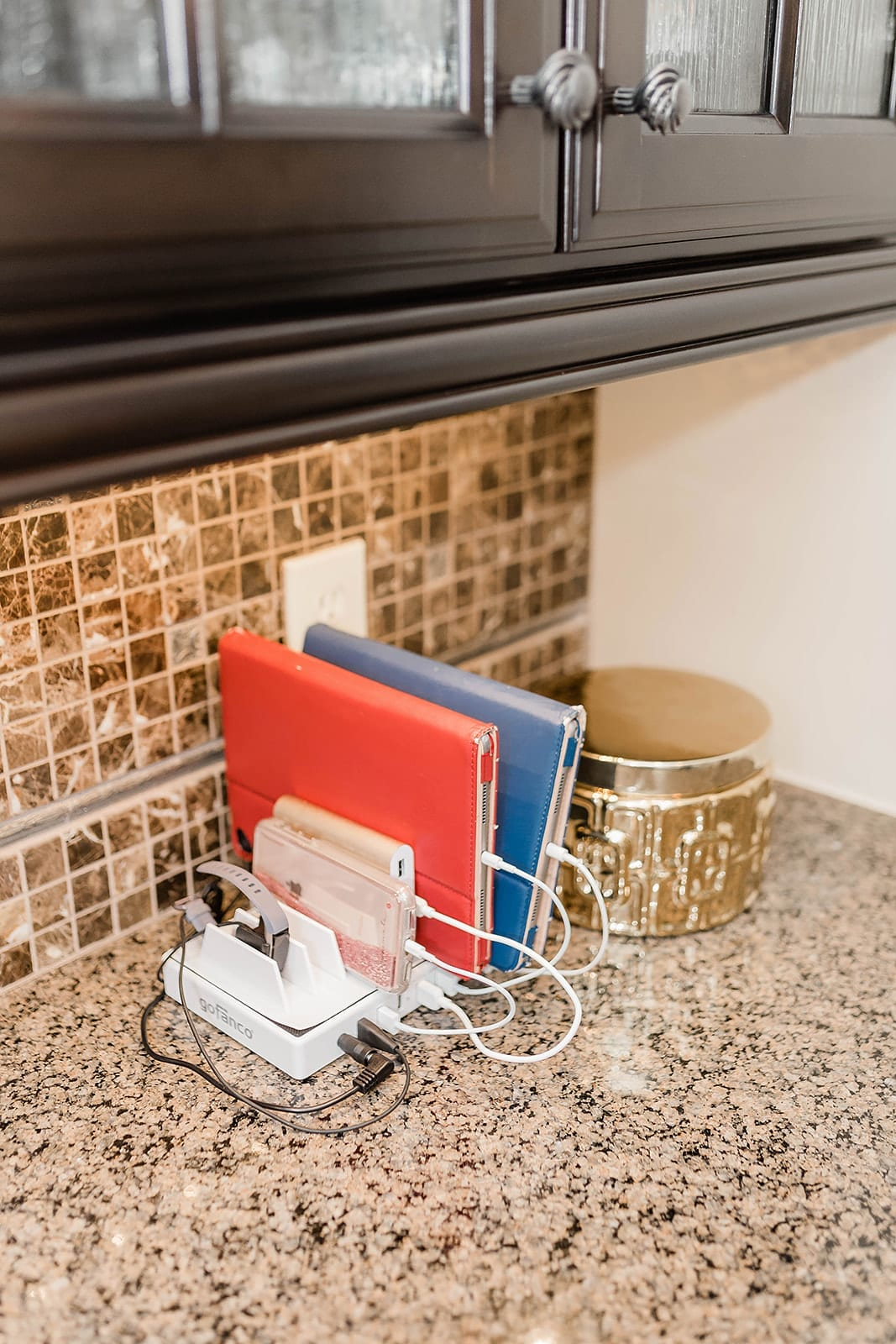 How to organize Cell Phones and Laptops. A charging station to stay organized!