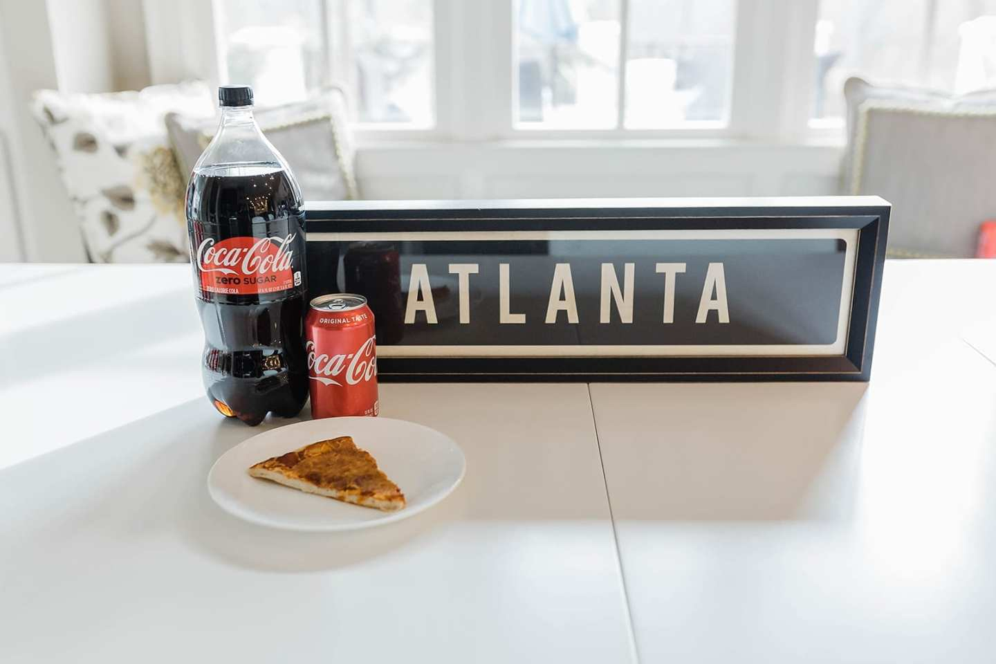 Atlanta based coke and homemade pizza? Yes please! Throw a fun Super Bowl party and have our guests make their own pizza. Use some paper plates and you've got the easiest party to set up for, serve and clean up after!