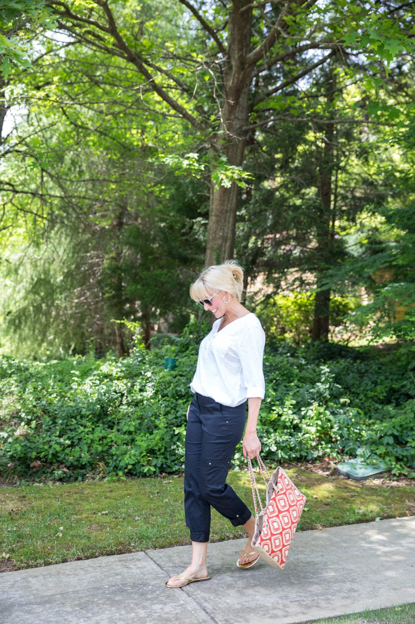 Utility cargo outfit. Easy casual on the go outfit for Moms. Flip flops and beaded handbag.