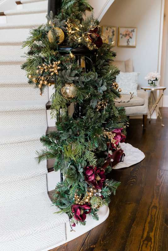 How to Hang Christmas Garland at the end of a banister.
