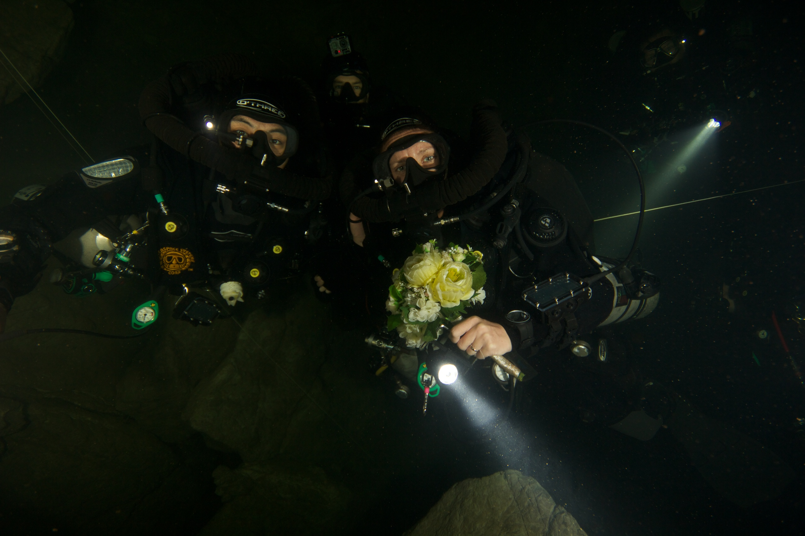 Guinness World Record deepest scuba dive wedding | Technical