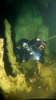 JJ ccr Cave diver in restriction