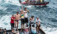 Cliff Diverzy pokonują żywioły na wulkanicznej wyspie