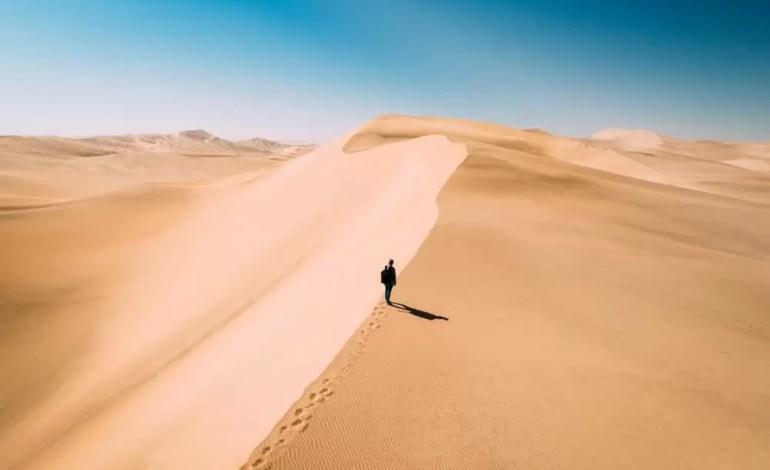 Widok na wydmy w Swakopmund, Namibia , fot.: Dronestagram / Qliebin