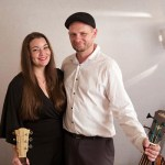 Mike-and-Susie-Guitar-Vocal-Duo-Queensland-2