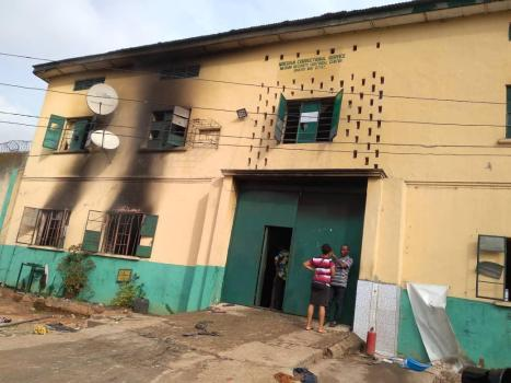 Police confirms as gunmen reportedly attack Anambra police station, set inmates free