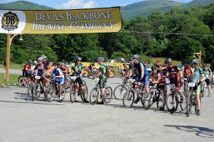 Photos By Paul Purpura : ©2009 NCL Magazine : Bikers take to the starting line at The 2009 Devils Backbone Challenge in Roseland, Virginia
