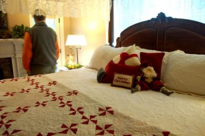 Every bedroom, bath and even the kitchen was beautifully decorated at the Macik home.