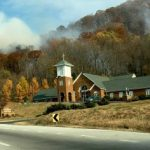 Nelson : Lovingston : Fire Jumps Line Overnight : Crews Continue Work Thanksgiving Day To Contain