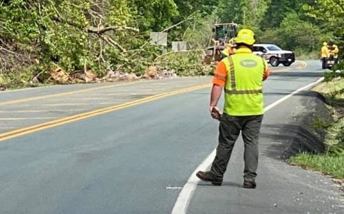 U.S. 250 REMAINS CLOSED ON AFTON MOUNTAIN DUE TO ROCKSLIDE : Update 5:45 PM - 5.5.21