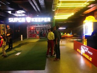 sports cafe in noida