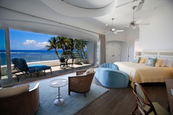 Maui Villa Master bedroom