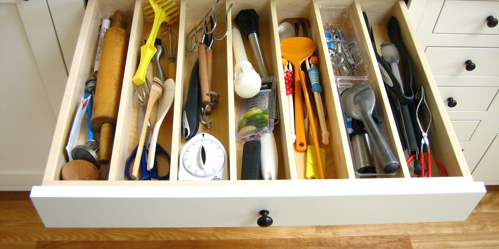 Drawer inserts for custom cabinetry