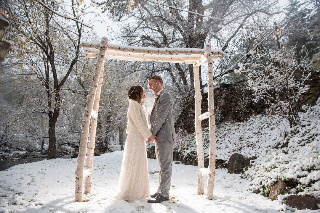 rocky mountain bride photography by wedding photographers in colorado