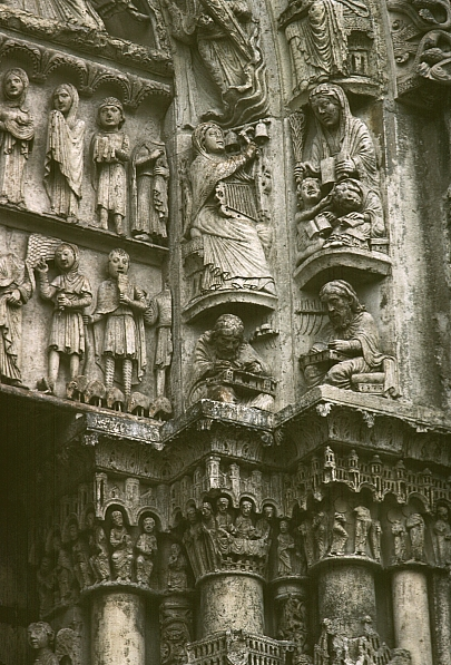 La porta occidentale della Cattedrale di Chartres