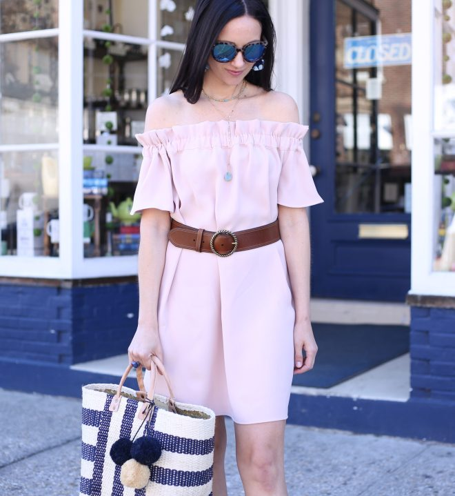 anna monteiro fashion blogger of Blushing ROse Style wearing Hinge belt from Nordstrom