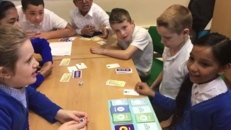 Primary school kids play bmoneywize