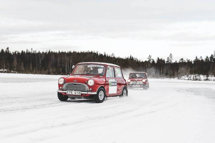 Classic Mini on ice