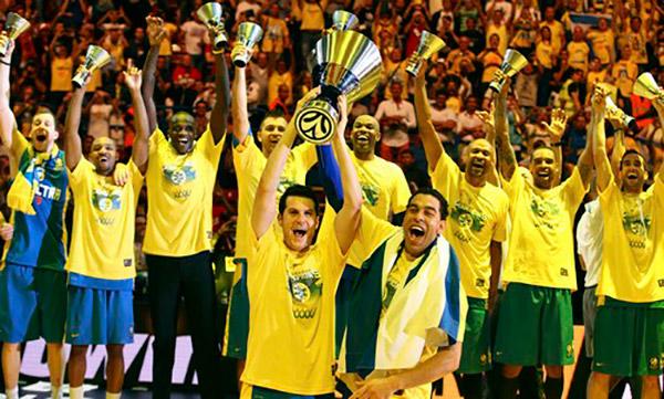 Atletas do Macabi Tel Aviv vão jogar basquete com jovens do Capão Redondo