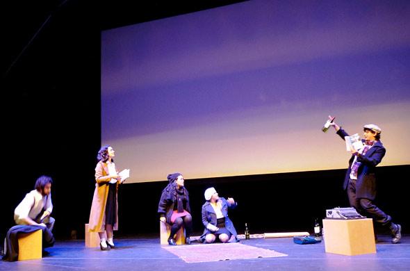 Apresentação Teatral de Rosa Branca emociona estudantes