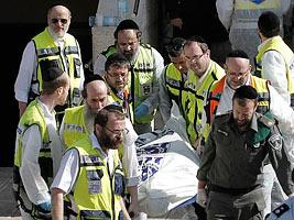 Atentado à sinagoga eleva risco de conflito religioso