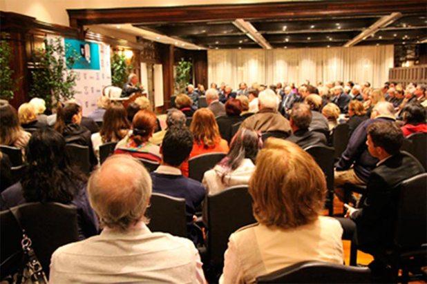 O público lotou os salões do Graciosa Country Club para assistir a palestra de Demétrio Magnoli