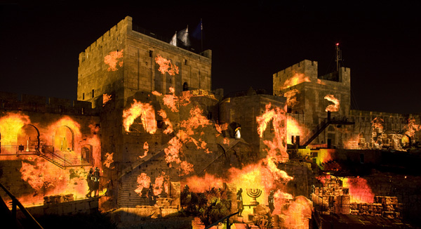 The-Night-Spectacular-The-destruction-of-the-2nd-Temple-CREDIT-Amit-Geronsmall