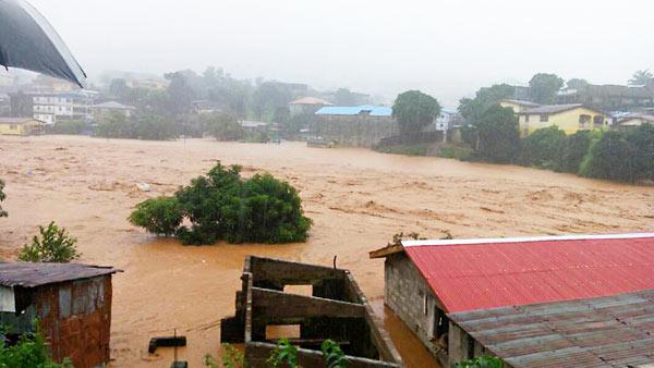 Israel entrega ajuda alimentar à Serra Leoa