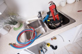4 Worrying Signs of a Damaged Water Line System