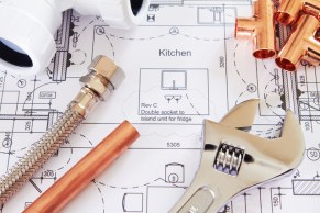 When Is the Best Time to Call a Professional Plumber?