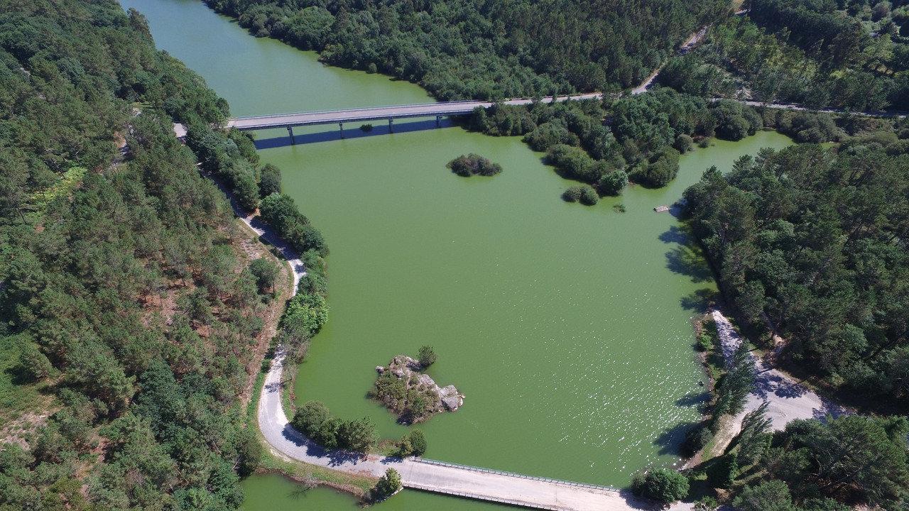 A eurodeputada Ana Miranda leva o Parlamento Europeo a contaminación do encoro do río Umia