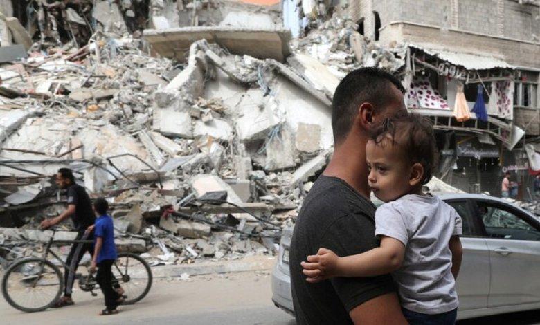 قتيل و10 جرحى بانفجار وسط غزة