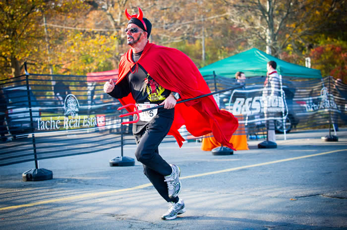 Salem MA Devils Chase Run