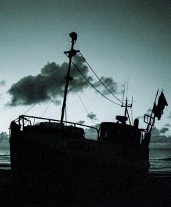 boat-siluette