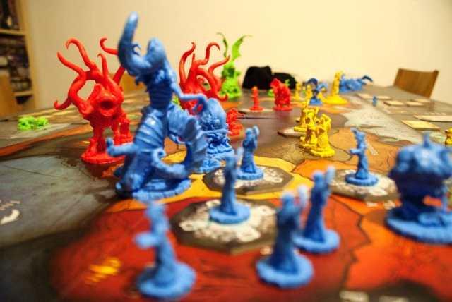 Cthulhu Wars - Miniatures