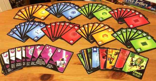 heroes and tricks - board game
