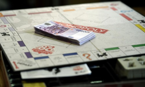 Monopoly editie aniversara 80 de ani