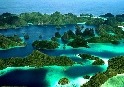 Incredible Indonesia and Raja Ampat | Yacht Charter News ...