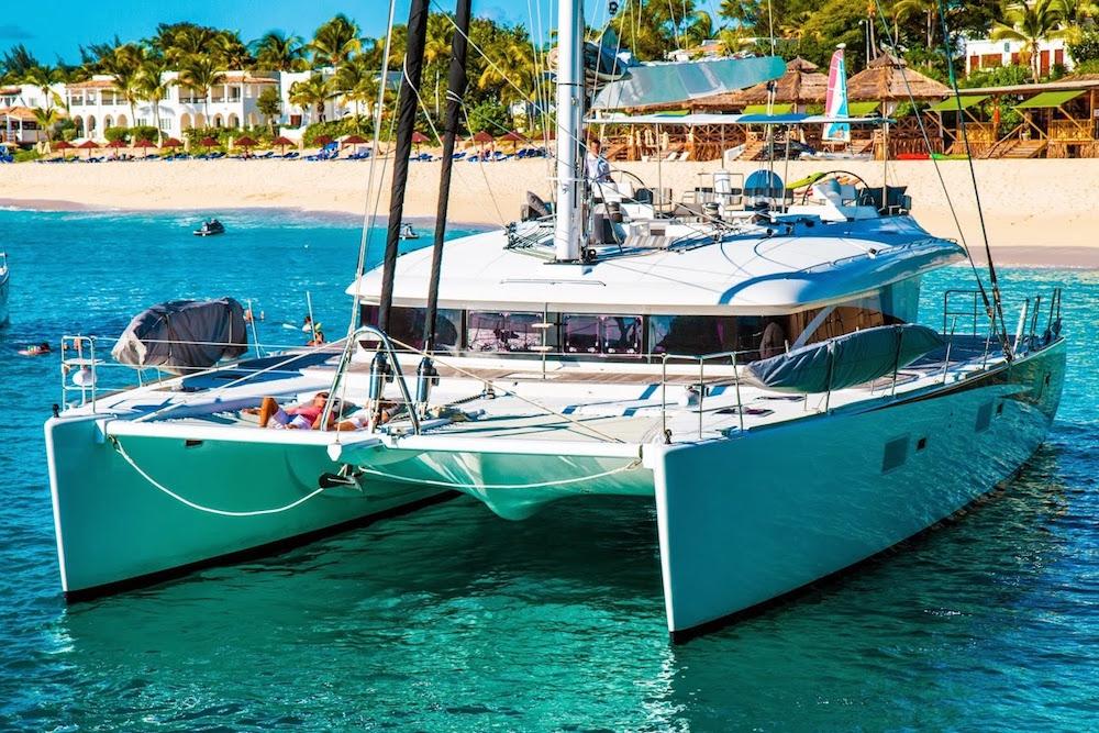 Luxury Crewed Catamaran LADY KATLO Lagoon 620 3 Cabins
