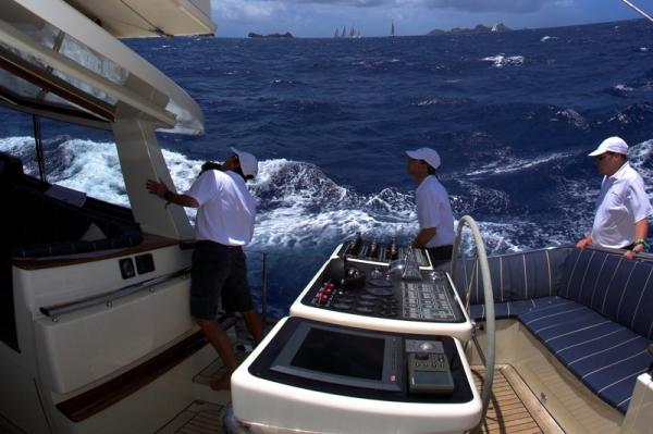 Crewed Sailing Yacht MARAE Alloy Yacht 33m 3 Cabins