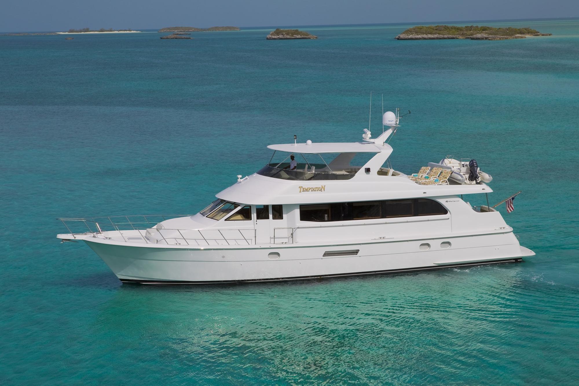 Crewed Motor Yacht TEMPTATION Hatteras 76 3 Cabins