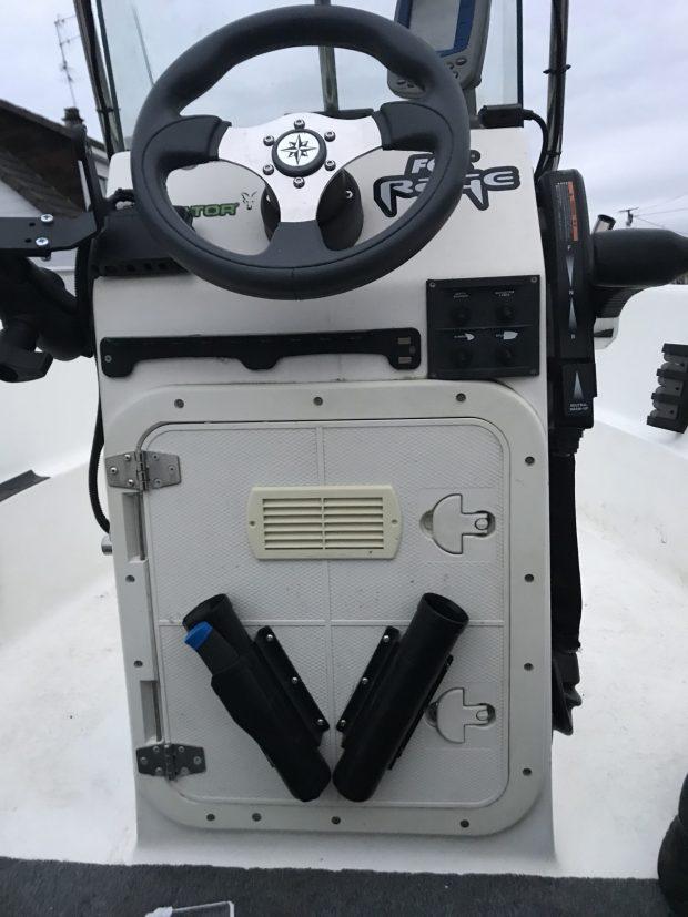 Installer un réservoir fixe dans son bateau IMG_2171-scaled