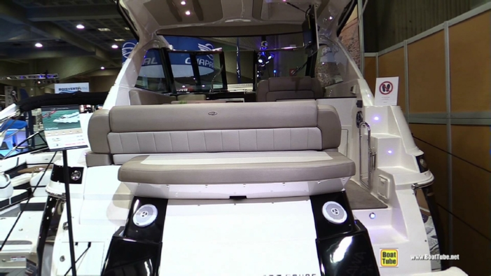 2015 Regal 35 Sport Coupe Motor Yacht At 2015 Montreal