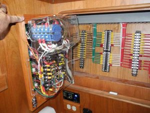 Create Your Own Wiring Diagram  BoatUS Magazine