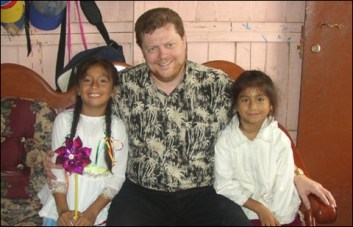 Bob's sponsored girls in Peru, Leslie (right) and her sister Yasmin in 2007
