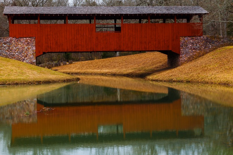 10062. Covered bridge, Burns Park, North Little Rock, ArkansasCanon 5D Mk II, 70mm, 1/6 sec, f/32